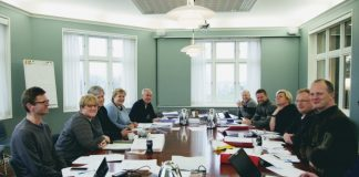 Venstre, Høgre og Framstegspartiet har dei siste vekene forhandla om ein ny regjeringsplattform på Jeløya utanfor Moss. Foto: Mona Lindseth, Venstre